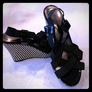 Scrappy Sandals with a Black Patterned Wedge